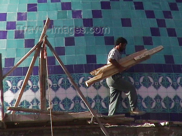 turkey29: Turkey - Kars / KSY (Kars province): Evliya mosque - repairing the tiles - photo by A.Slobodianik - (c) Travel-Images.com - Stock Photography agency - Image Bank