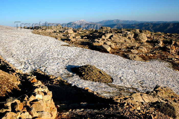 turkey293: Turkey - Mt Nemrut: view of the Taurus mountains - snow - photo by C. le Mire - (c) Travel-Images.com - Stock Photography agency - Image Bank