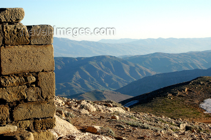 turkey296: Turkey - Mt Nemrut: view of the Taurus mountains - wall - photo by C. le Mire - (c) Travel-Images.com - Stock Photography agency - Image Bank