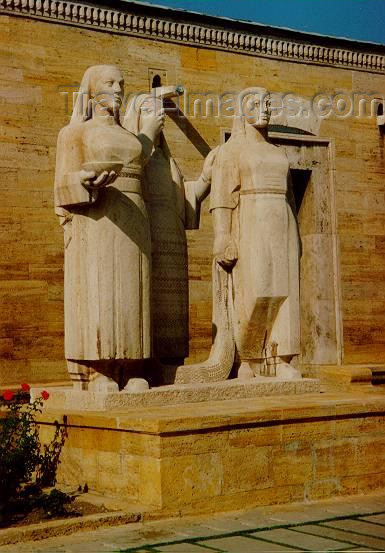 turkey3: Ankara / ANK - Central Anatolia, Turkey: Statues at Kemal Ataturk Memorial - Anitkabir - photo by M.Torres - (c) Travel-Images.com - Stock Photography agency - Image Bank