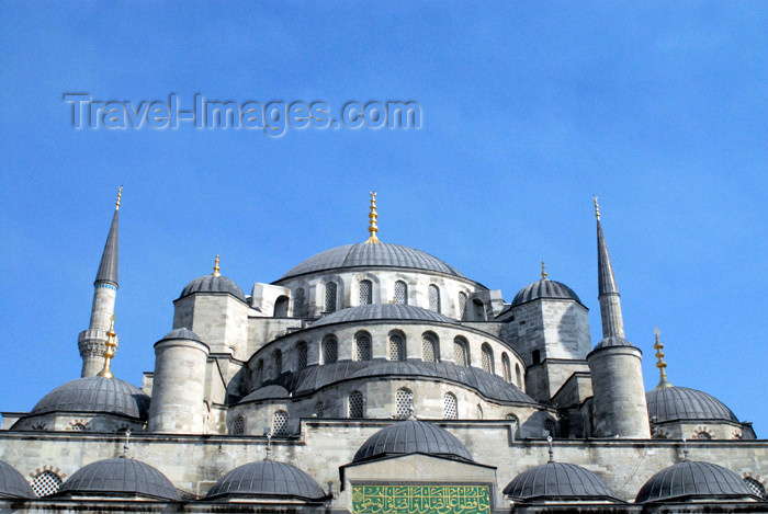 turkey389: Istanbul, Turkey: the Blue mosque - domes - Sultan Ahmet Camii - photo by M.Torres - (c) Travel-Images.com - Stock Photography agency - Image Bank