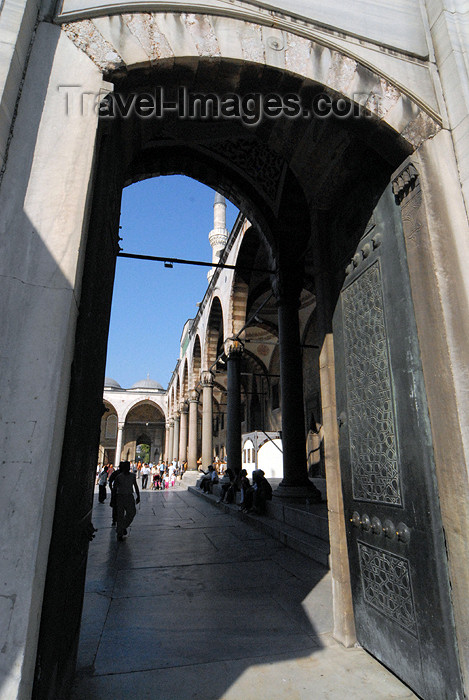 turkey392: Istanbul, Turkey: Blue mosque - entrance to the courtyard - Sultan Ahmet Camii - photo by M.Torres - (c) Travel-Images.com - Stock Photography agency - Image Bank