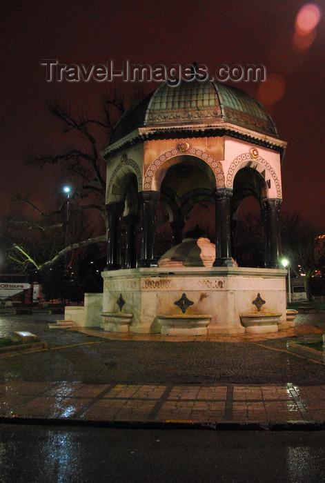 turkey432: Istanbul, Turkey: German Fountain - celebrates the visit of Kaiser Wilhelm II - neo-Byzantine style - Alman Çesmesi - Hippodrome, Sultanahmet Square - Eminönü District - photo by M.Torres - (c) Travel-Images.com - Stock Photography agency - Image Bank