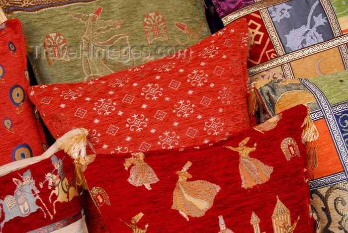 turkey437: Istanbul, Turkey: pillow with whirling dervishes - Arasta-Bazaar - Eminönü-District - photo by M.Torres - (c) Travel-Images.com - Stock Photography agency - Image Bank