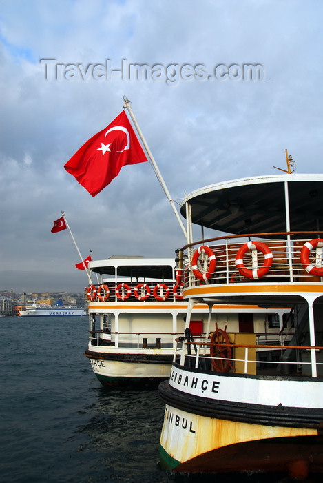 turkey443: Istanbul, Turkey: boat' stern with Turkish flag - Pasabahçe at the Municipal Ferry Port - Eminönü District - photo by M.Torres - (c) Travel-Images.com - Stock Photography agency - Image Bank