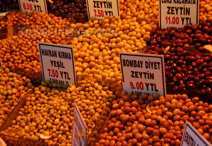 turkey448: Istanbul, Turkey: olives - Spice Bazaar aka Egyptian Bazaar - Eminönü District - photo by M.Torres - (c) Travel-Images.com - Stock Photography agency - Image Bank