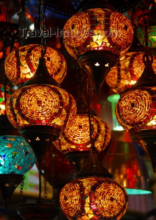 turkey454: Istanbul, Turkey: glass lamps - Spice Bazaar aka Egyptian Bazaar - Eminönü District - photo by M.Torres - (c) Travel-Images.com - Stock Photography agency - Image Bank