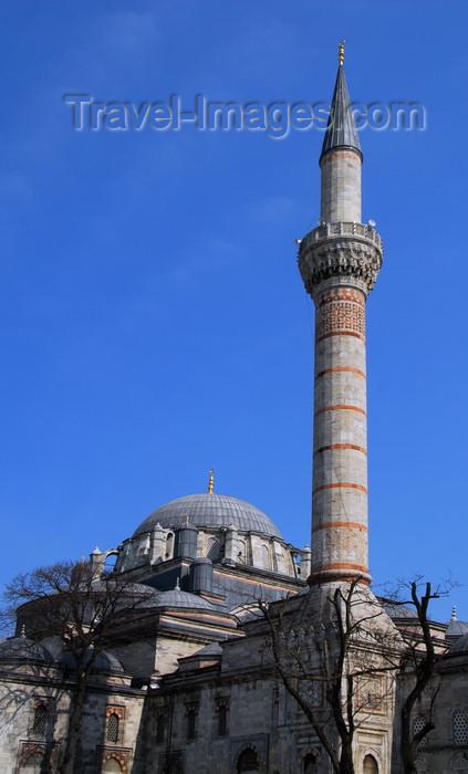 turkey465: Istanbul, Turkey: Beyazit Mosque - architect Yakubsah Bin Sultan - Bayezid Square, Yeniçeriler Cad. - Eminönü-District - photo by M.Torres - (c) Travel-Images.com - Stock Photography agency - Image Bank
