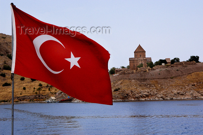 turkey551: Akdamar / Aghtamar Island, Lake Van, Van province, Eastern Anatolia, Turkey: Cathedral Church of the Holy Cross, once the seat of the Armenian Catholicos, now under the Turkish flag - Akdamar Adasi - photo by J.Wreford - (c) Travel-Images.com - Stock Photography agency - Image Bank