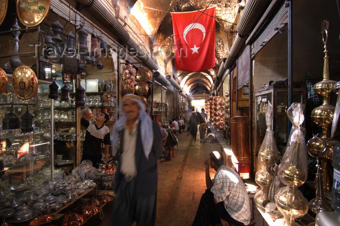 turkey571: Urfa / Edessa / Sanliurfa, Southeastern Anatolia, Turkey: in the bazaar - photo by J.Wreford - (c) Travel-Images.com - Stock Photography agency - Image Bank