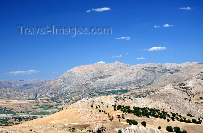 turkey588: Adiyaman province, Southeastern Anatolia, Turkey: Taurus mountains panorama - photo by W.Allgöwer - (c) Travel-Images.com - Stock Photography agency - Image Bank