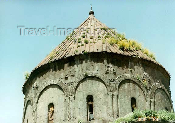 turkey65: Turkey - Ani (Kars province): Armenian Church roof - photo by G.Frysinger - (c) Travel-Images.com - Stock Photography agency - Image Bank