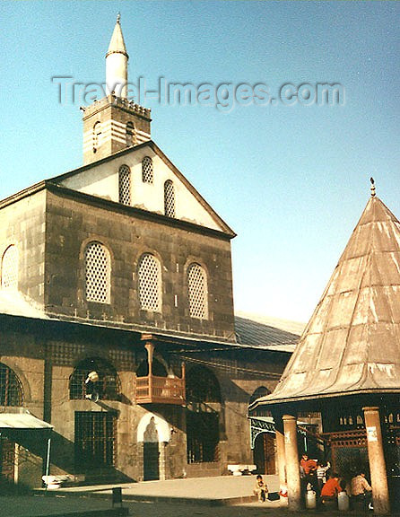 turkey66: Diyarbakir - Kurdistan ,Diyarbakir province, Southeast Anatolia region, Turkey: the friday mosque - Cami - photo by G.Frysinger - (c) Travel-Images.com - Stock Photography agency - Image Bank