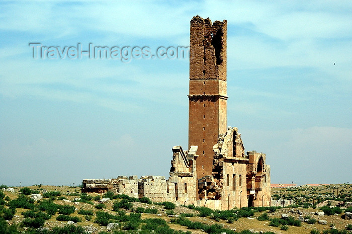 turkey72: Harran / Haran / Carrhae / Carrae, Sanli Urfa province, Southeastern Anatolia: architecture from the period of Umayyad Caliph - tower - photo by C. le Mire - (c) Travel-Images.com - Stock Photography agency - Image Bank