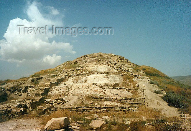 turkey81: Turkey - Dogubayazit / Dogubeyazit - Kurdistan (Agri province) : Sarduri-Hinili fortress built by the Urartrian king Argisti - photo by G.Frysinger - (c) Travel-Images.com - Stock Photography agency - Image Bank