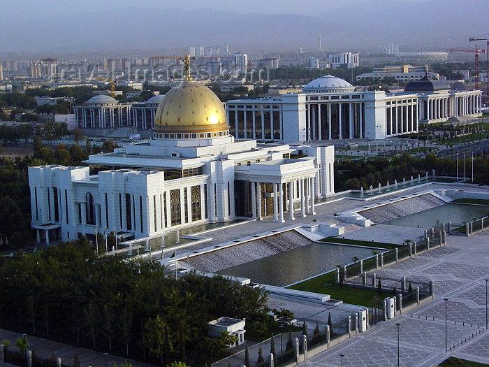 turkmenistan14: Turkmenistan - Ashghabat / Ashgabat / Ashkhabad / Ahal / ASB: the Palace of the Turkmenbashi, president Saparmurat Niyazov - tourist attraction - seen from the Arch of Neutrality - photo by Alejandro Slobodianik - (c) Travel-Images.com - Stock Photography agency - Image Bank