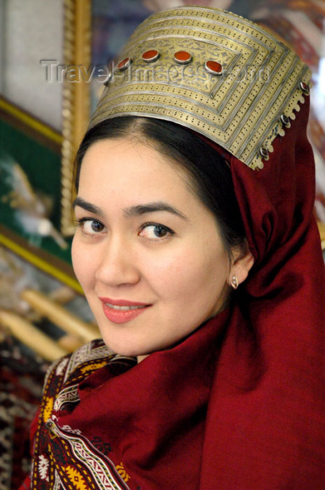 turkmenistan30: Turkmenistan - Ashghabat / Ashgabat / Ashkhabad / Ahal / ASB: Turkmen smile - the tranquil beauty of central Asia - Turkmen woman in traditionial clothes - bride - photo by G.Karamyanc - (c) Travel-Images.com - Stock Photography agency - Image Bank