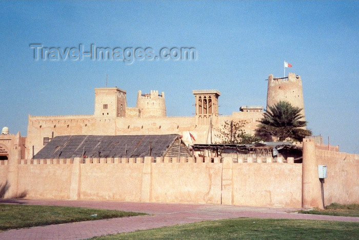 uaeaj4: UAE - Ajman city / QAJ: the fortress - 18th century - photo by M.Torres - (c) Travel-Images.com - Stock Photography agency - Image Bank