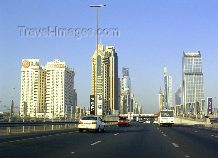 uaedb15: UAE - Dubai: city view - photo by Llonaid - (c) Travel-Images.com - Stock Photography agency - Image Bank