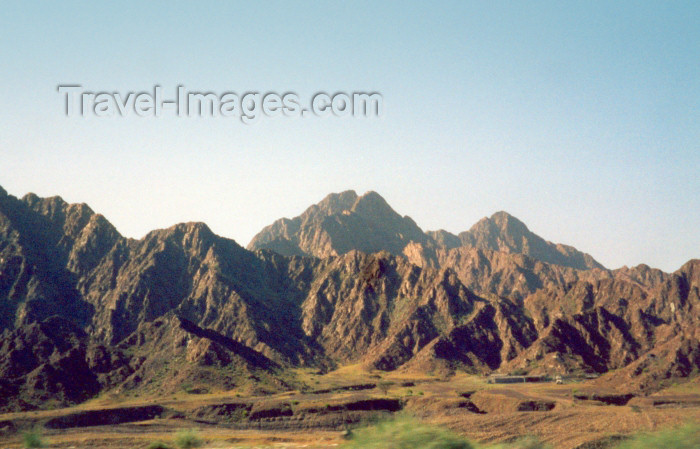 uaefj4: UAE - Al Fujairah: the Hajar Mountains - photo by M.Torres - (c) Travel-Images.com - Stock Photography agency - Image Bank
