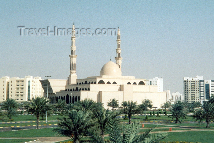 uaesj2: UAE - Sharjah / SHJ : King Faisal Mosque - Al Soor - photo by M.Torres - (c) Travel-Images.com - Stock Photography agency - Image Bank