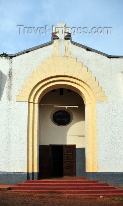 uganda156: Entebbe, Wakiso District, Uganda: entrance to St. John's church, built in 1927 - Church of Uganda, Anglican Communion - Kampala-Entebbe Road - photo by M.Torres - (c) Travel-Images.com - Stock Photography agency - Image Bank