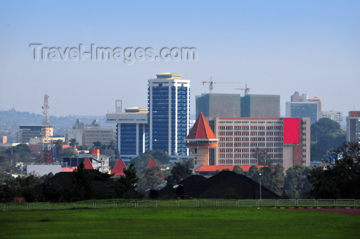uganda63: Kampala, Uganda: central business district skyline and golf course - Stanbic Bank Towers (Crested Towers), Golf Course Hotel - photo by M.Torres - (c) Travel-Images.com - Stock Photography agency - Image Bank