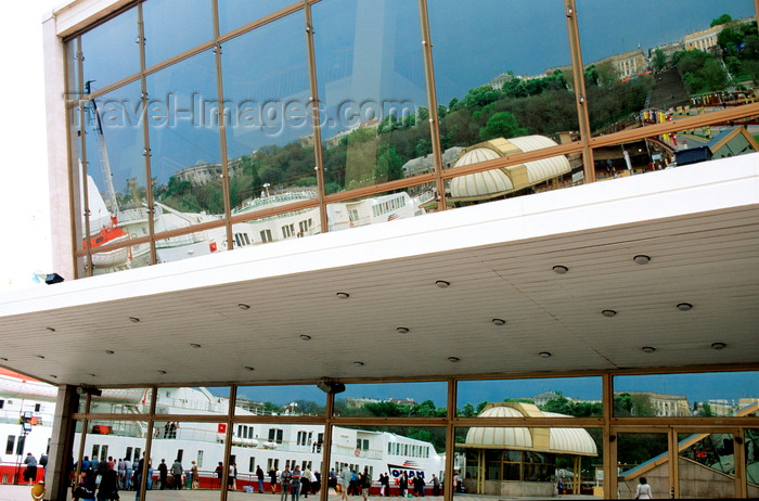 ukra32: Odessa, Ukraine: glass façade of the maritime terminal, reflecting a cruise ship and the Potemkin stairs - port of Odessa - photo by K.Gapys - (c) Travel-Images.com - Stock Photography agency - Image Bank