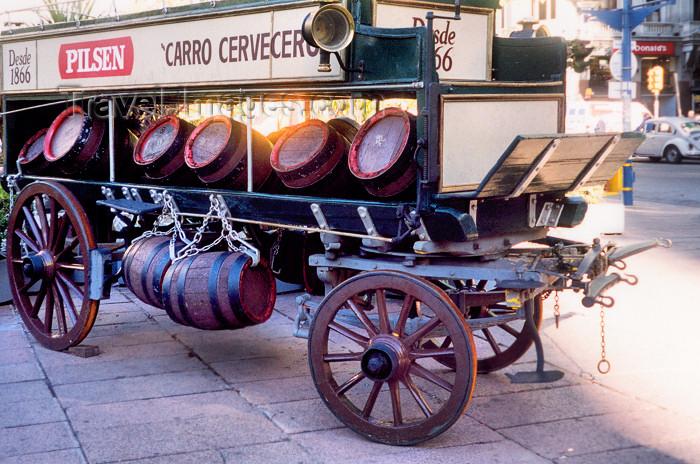 uruguay11: Uruguay - Montevideo: beer cart - Pilsen barrels - photo by M.Torres - (c) Travel-Images.com - Stock Photography agency - Image Bank