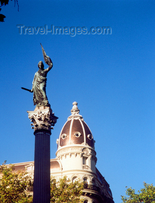 uruguay3: Uruguay - Montevideo: Liberty statue atop the Peace column - sculptor Jose Livi - Estatua de la Libertad y Columna de la Paz - Cagancha sq. - photo by M.Torres - (c) Travel-Images.com - Stock Photography agency - Image Bank