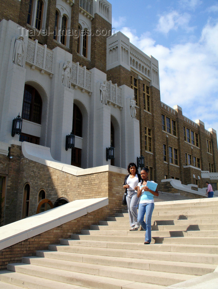 usa1004: Little Rock (Arkansas): Little Rock Central High School - black students - focus of the 1950s Civil Rights struggle for racial integration - photo by G.Frysinger - (c) Travel-Images.com - Stock Photography agency - Image Bank