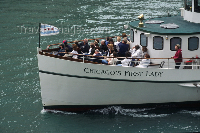 usa1073: Chicago, Illinois, USA: prow of Chicago's First Lady, taking tourists on the architectural and historic cruise along the Chicago River - photo by C.Lovell - (c) Travel-Images.com - Stock Photography agency - Image Bank