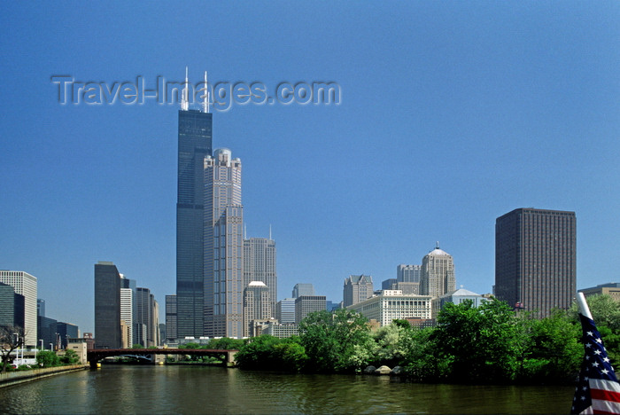 usa1083: Chicago, Illinois, USA: Chicago River, the Willis / Sears Tower and surrounding skyscrapers - photo by C.Lovell - (c) Travel-Images.com - Stock Photography agency - Image Bank