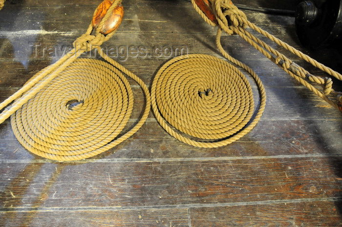 usa1146: Boston, Massachusetts, USA: Charlestown Navy Yard - USS Constitution - cordage on the gun deck - rope spirals - photo by M.Torres - (c) Travel-Images.com - Stock Photography agency - Image Bank