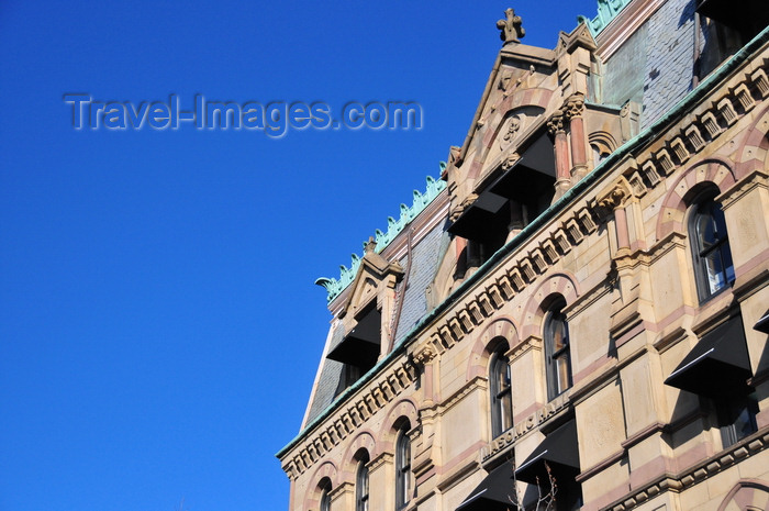 usa1168: Boston, Massachusetts, USA: Charlestown - Masonic Hall - Charlestown Five Cents Savings Bank - Thompson Sq, Warren St - High Victorian Gothic Style - designed by the firm Moffette and Tolman - photo by M.Torres - (c) Travel-Images.com - Stock Photography agency - Image Bank
