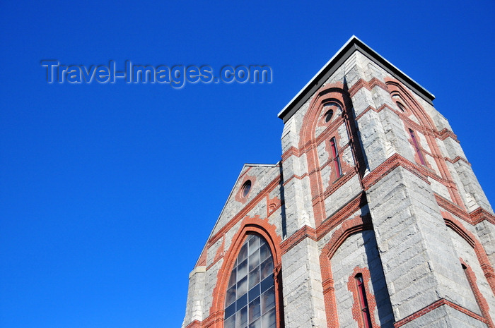 usa1170: Boston, Massachusetts, USA: Charlestown - St Mary's Catholic Church - Tudor Gothic architecture - St. Catherine of Siena Parish - photo by M.Torres - (c) Travel-Images.com - Stock Photography agency - Image Bank