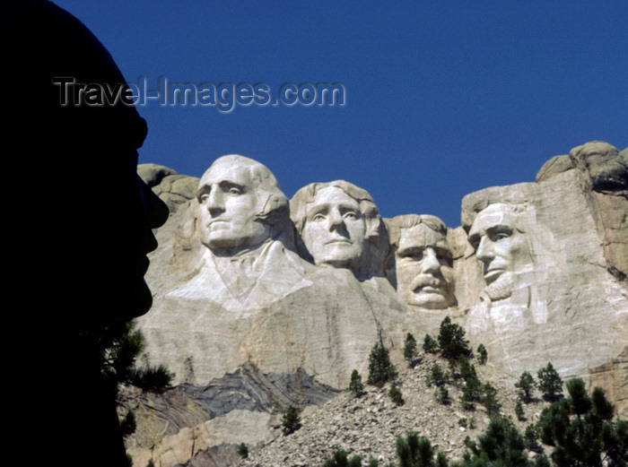 usa1193: Mount Rushmore National Memorial, Pennington County, South Dakota, USA: statue of sculptor Gutzon Borglum silhouetted against the Mount Rushmore sculptures - photo by C.Lovell - (c) Travel-Images.com - Stock Photography agency - Image Bank