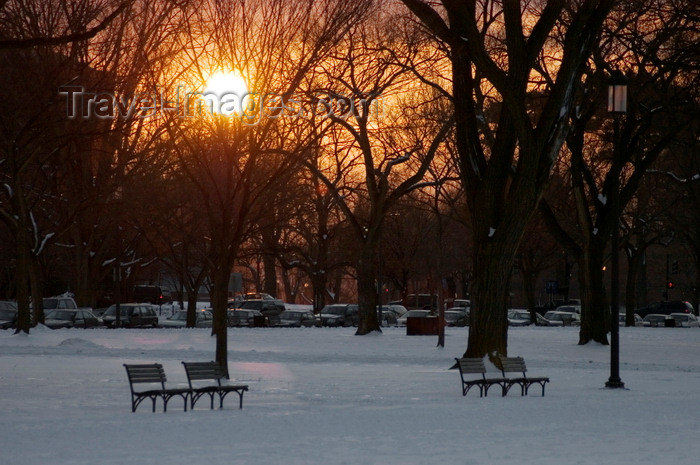 usa1345: Washington, D.C., USA: a winter sunset, park benches and snow on the National Mall - photo by C.Lovell - (c) Travel-Images.com - Stock Photography agency - Image Bank