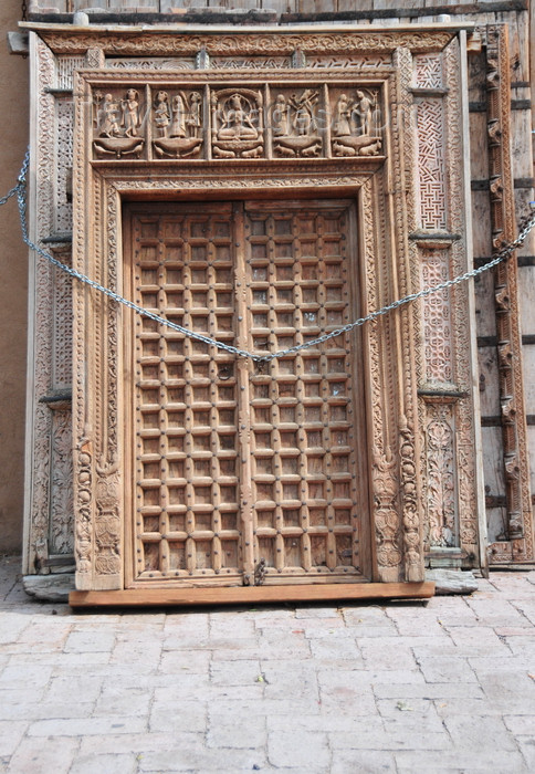usa1560: Santa Fé, New Mexico, USA: Indian doors - carved wood work - for sale at Seret & Sons - photo by M.Torres - (c) Travel-Images.com - Stock Photography agency - Image Bank