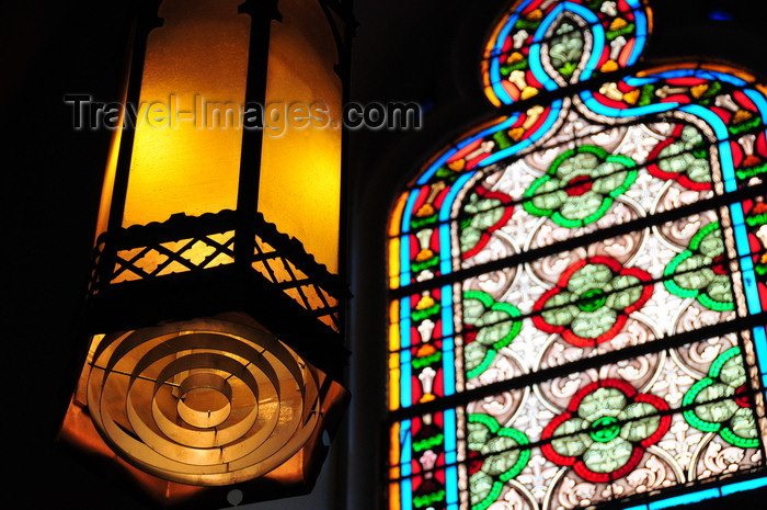 usa1566: Santa Fé, New Mexico, USA: Loretto Chapel - lantern and a French stained glass window - photo by M.Torres - (c) Travel-Images.com - Stock Photography agency - Image Bank