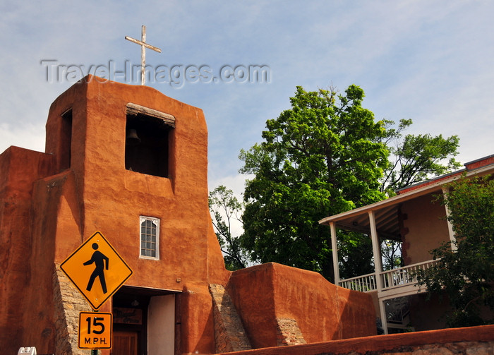 usa1569: Santa Fé, New Mexico, USA: San Miguel Mission / Chapel - 17th century Spanish colonial mission in the Barrio De Analco Historic District - Old Santa Fé Trail and East de Vargas Street - photo by M.Torres - (c) Travel-Images.com - Stock Photography agency - Image Bank