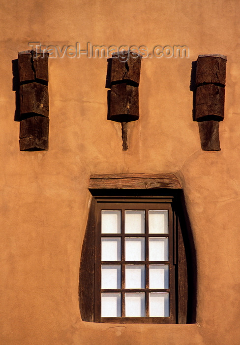 usa1573: Santa Fé, New Mexico, USA: wooden beams and window - architectural detail - Museum of Fine Arts - Pueblo architecture - photo by C.Lovell - (c) Travel-Images.com - Stock Photography agency - Image Bank