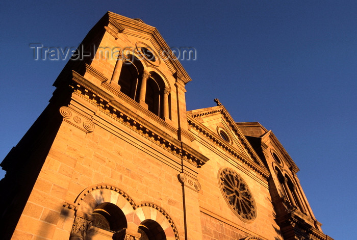 usa1576: Santa Fé, New Mexico, USA: Cathedral Basilica of St. Francis of Assisi - built in yellow limestone - designed by the French architect Antoine Mouly - start of East San Francisco Street - photo by C.Lovell - (c) Travel-Images.com - Stock Photography agency - Image Bank