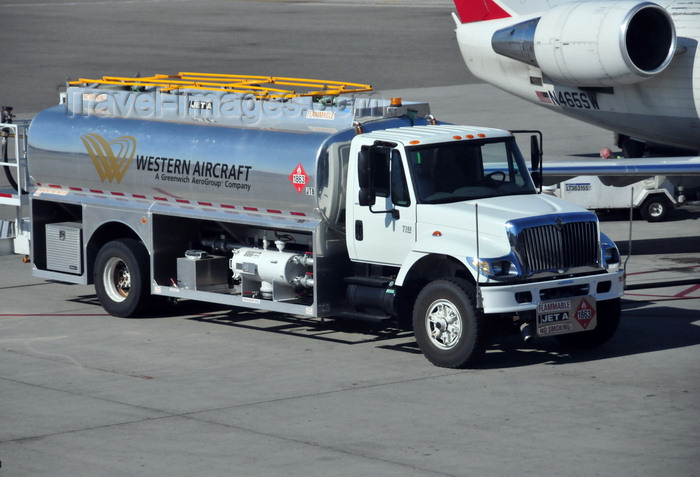 usa1705: Boise, Idaho, USA: Western Aircraft Jet A fuel truck (International ) and SkyWest CRJ200ER - Boise Airport - Gowen Field - BOI - photo by M.Torres - (c) Travel-Images.com - Stock Photography agency - Image Bank