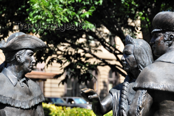 usa1720: Boise, Idaho, USA: Hospitality of Nez Perce chief - monument to the meeting with Lewis and Clark, N 8th St - sculptor Doug Hyde - photo by M.Torres - (c) Travel-Images.com - Stock Photography agency - Image Bank