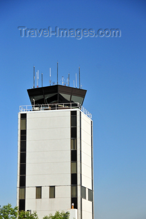 usa1763: Boise, Idaho, USA: civil control tower - Boise Airport - Gowen Field - BOI - photo by M.Torres - (c) Travel-Images.com - Stock Photography agency - Image Bank