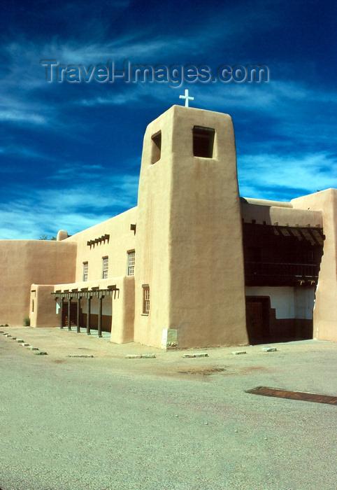 usa200: USA - Santa Fé (New Mexico): El Christo Rey church - adobe construction - photo by J.Fekete - (c) Travel-Images.com - Stock Photography agency - Image Bank