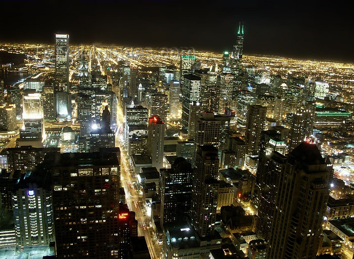 usa415: Chicago, Illinois, USA: skyline - nocturnal - photo by G.Friedman - (c) Travel-Images.com - Stock Photography agency - Image Bank