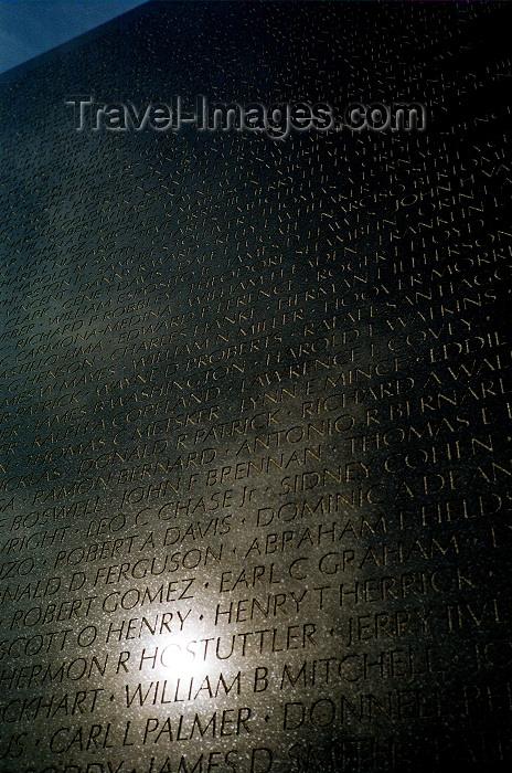 usa431: Washington D.C., USA: Vietnam memorial wall - sun reflection - photo by G.Friedman - (c) Travel-Images.com - Stock Photography agency - Image Bank