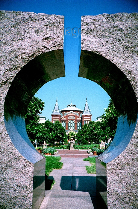 usa463: Washington D.C., USA: Smithsonian Institution - framed by modern sculpture - photo by G.Friedman - (c) Travel-Images.com - Stock Photography agency - Image Bank
